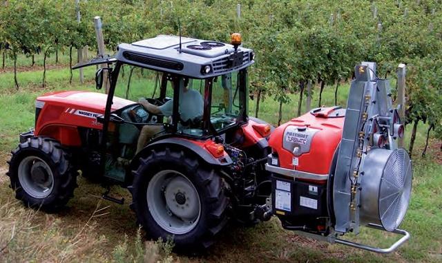 Massey Ferguson 3600 S kistraktor
