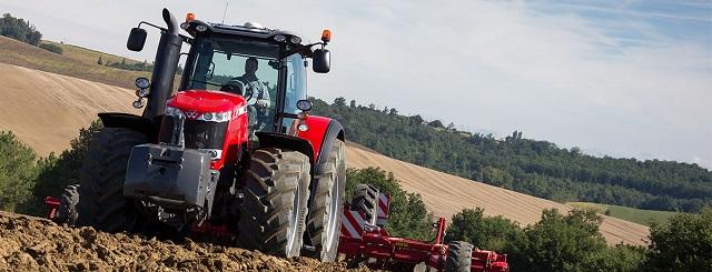 Massey Ferguson 8700 traktor